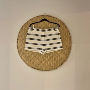 🌵Woman's JOE FRESH Linen Stripe Style Shorts